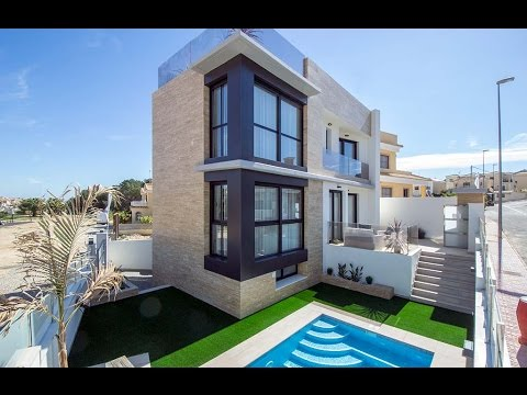 Villa with private swimming pool in Orihuela Costa