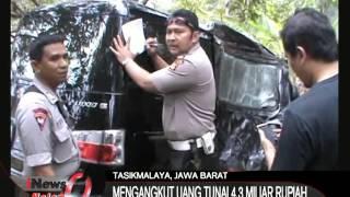 Download Video Mobil Pengangkut Uang Masuk Jurang Di Tasikmalaya, Jabar - iNews Malam 28/09 MP3 3GP MP4