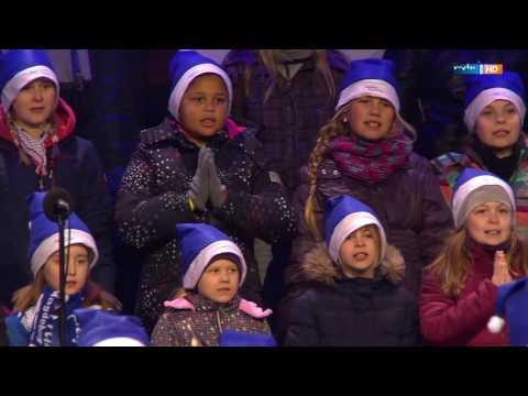Weihnachtssingen in der MDCC Arena | MDR+ | MDR
