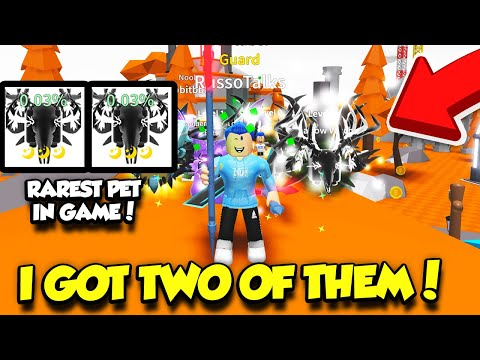I ACTUALLY HATCHED 2 TRIPLE MOON RAREST PETS IN SABER SIMULATOR NEW UPDATE!! (Roblox)