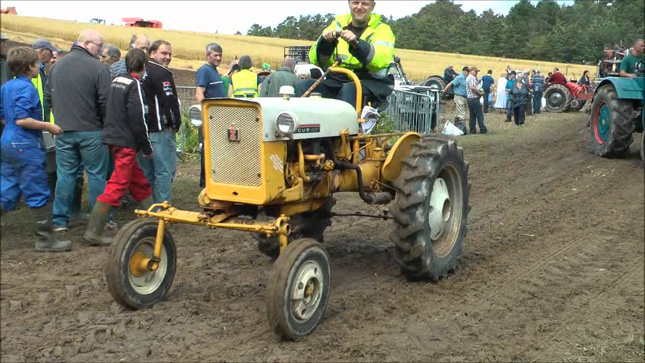 World S Smallest Tractor : Smallest tractor in the world youtube