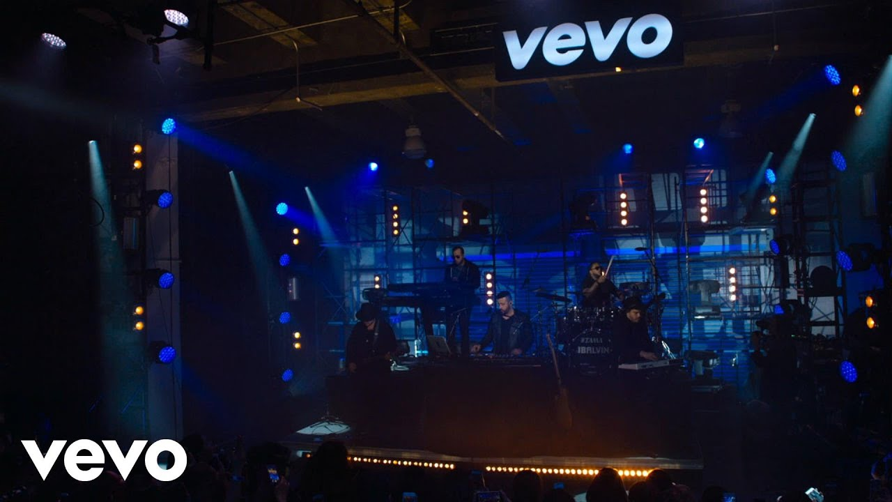 Download J Balvin - Intro (Live at The Year In Vevo)