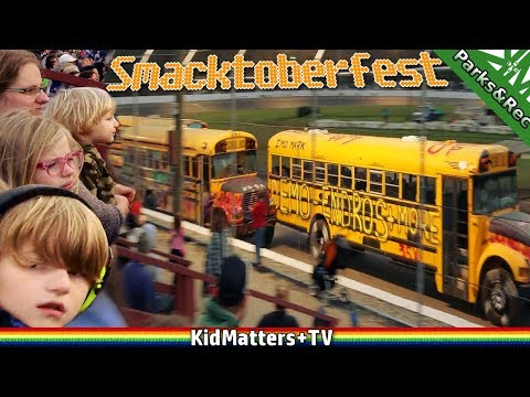 BUS RACE, CARS RACING, CARS CRASHING. Smacktoberfest Waterford Speedbowl CT: 4K[KM+Parks&Rec S02E11]