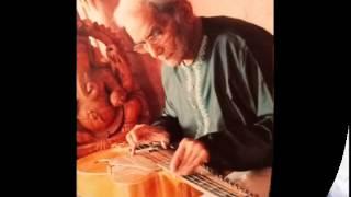 Pt. Brij Bhushan Kabra presenting  Raga Shree (A Meditational Raga), Austin, USA,2004.