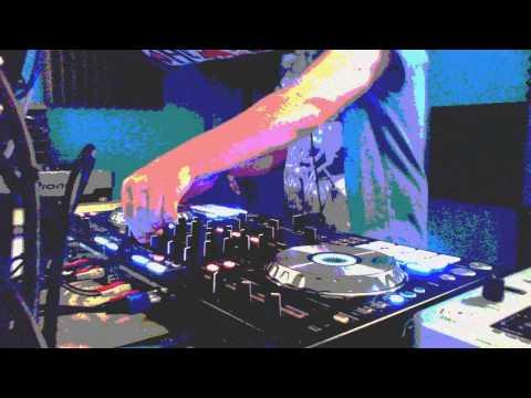 DJ MILO 25 MIN MINI MIX DRUM & BASS - DOSE RADIO