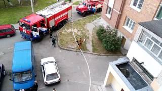 Пожарные прибыли Пинск, пр-т Жолтовского 11