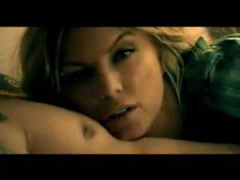 Fergie feat Sean Kingston Big Girls Dont Cry Remix