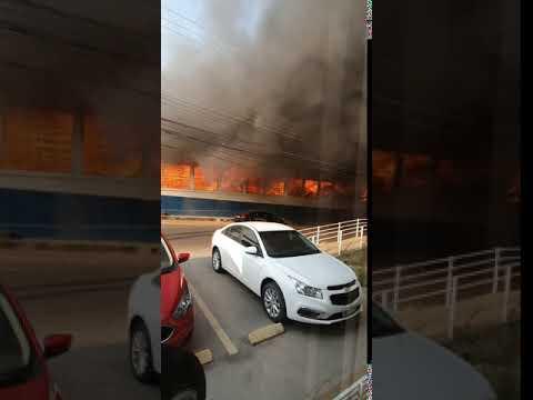 Incêndio atinge prédio da Secretaria de Educação no Centro da Capital;