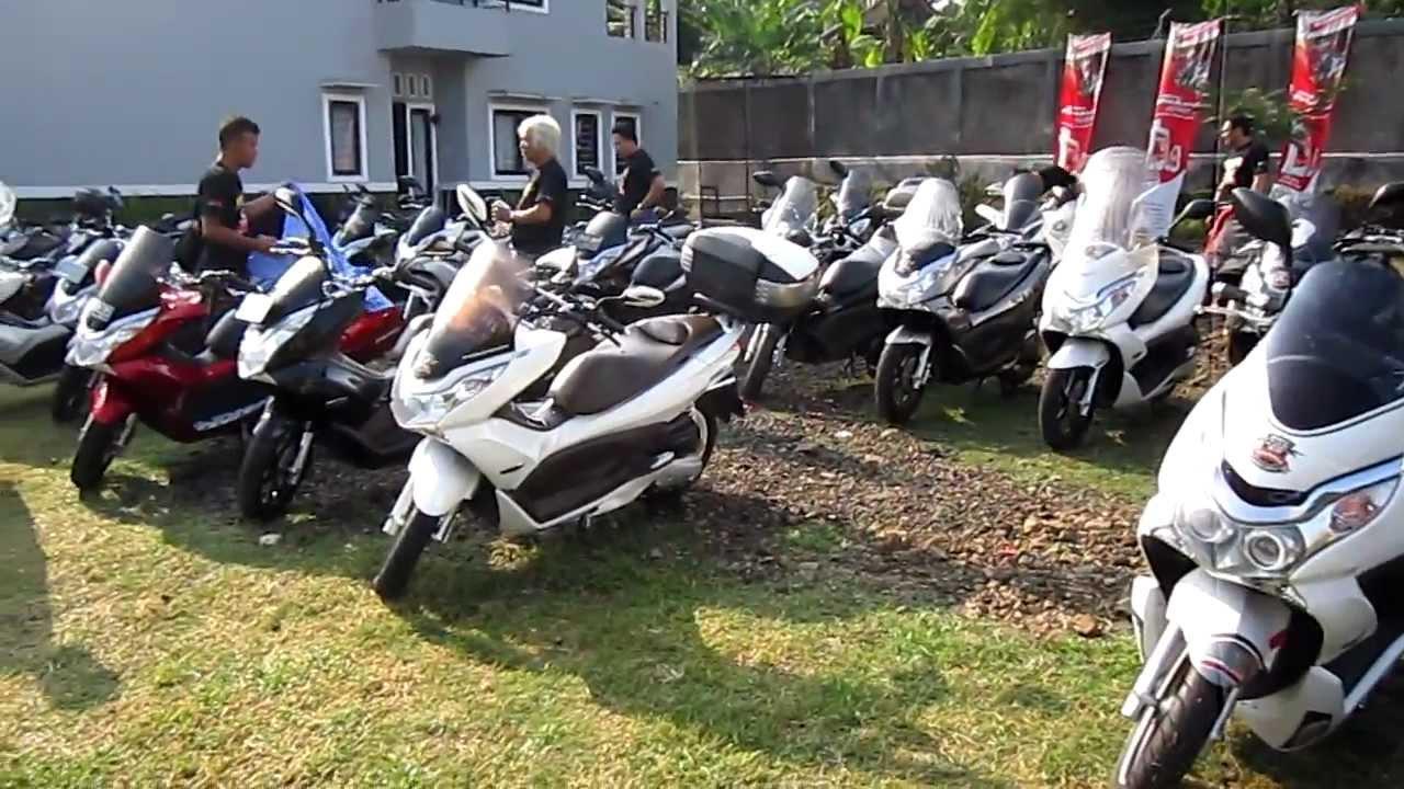 1st Anniversary Honda PCX Club Indonesia - YouTube on honda phantom, honda win, honda cd, honda lead, honda tif, honda cmx, honda art, honda moped, honda helix, honda hdr, honda sh150i, honda cbr, honda scooter,