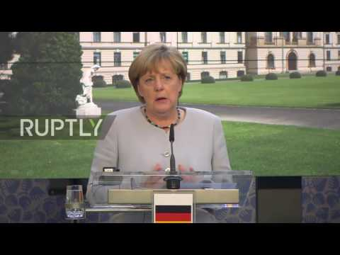Czech Republic: Merkel and Czech PM Sobotka find common ground in Prague