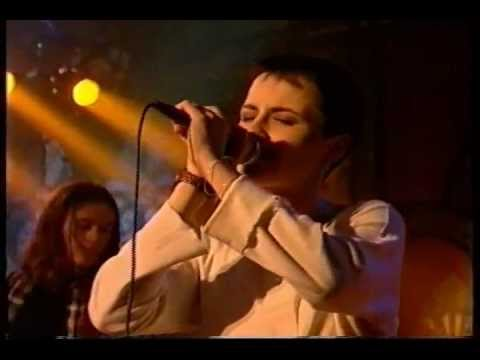The Cranberries Dreams + Linger cut 1993 Early footage
