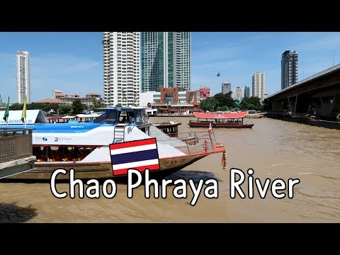 Express Boat ride on Chao Phraya River (แม่น้ำเจ้าพระยา), Bangkok, Thailand