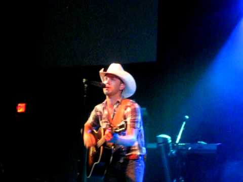 Justin Moore- My Kind Of Woman