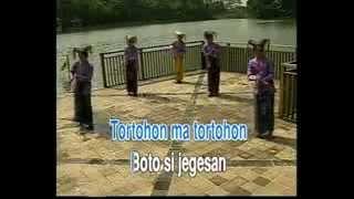 Ala Dogemma & Tortorhon Ma (Charles Simbolon & Juli Manurung)