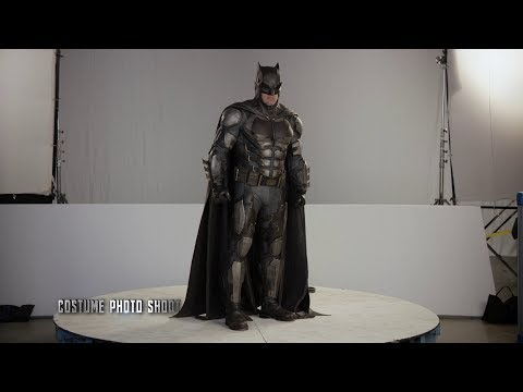 Batman Suit 'Justice League' Behind The Scenes [+Subtitles]
