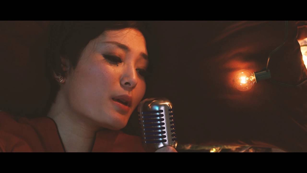 Neomie Sigal - Body Naked official music video - YouTube