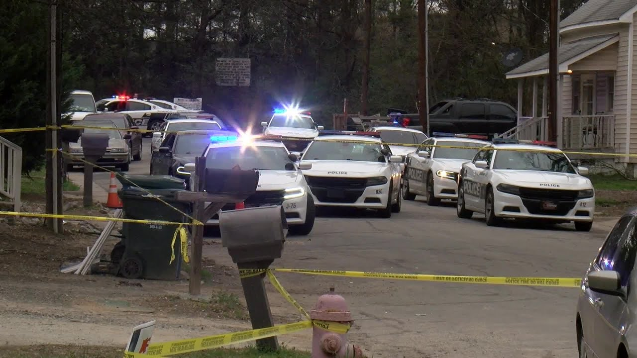RAW VIDEO: Scene of 1 dead, teen wounded in Durham shooting