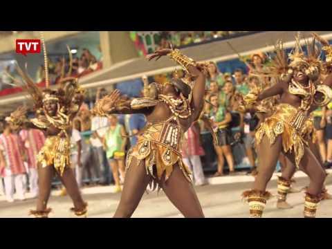Com homenagem a Maria Bethânia, Mangueira é a campeã do carnaval 2016