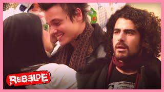 Rebelde: ¡Nico encuentra a Lupita con Santos! | Escena C332-C333-C334 | Tlnovelas