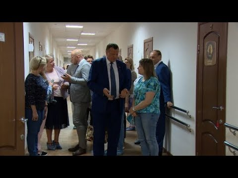 А.Валов встретился с работниками реабилитационного отделения «Мать и дитя» центра «Росинка»