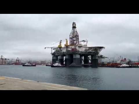 La plataforma Ocean Confidence abandona Astican trás más de 5 años en el Puerto de Las Palmas