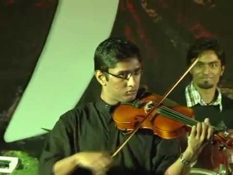 Kaadal Rojave and Thumbi vaa on violin