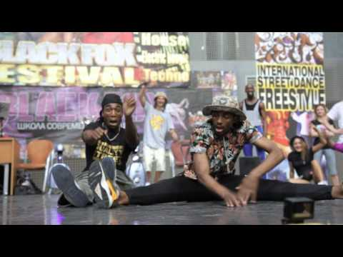 Meech' de France (Ghôst Flow Movement ) and Rochka(Criminalz Crew) judge Demo Bielorussie