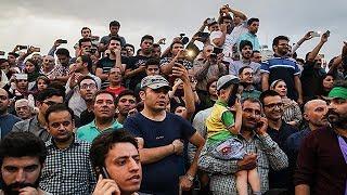 پنجره ای رو به خانه پدری سه شنبه 2 خرداد