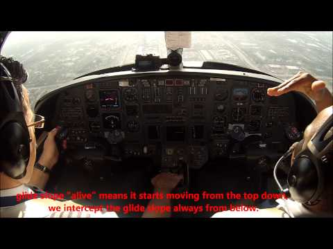 Citation V Jet: ILS10L at West Palm Beach - cockpit view!