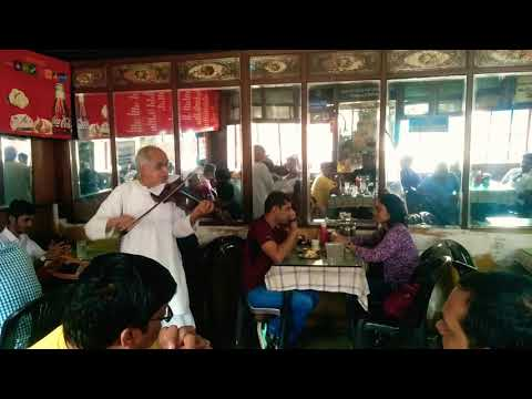 Swapan Sett Violin Performance at Cafe Goodluck, Pune