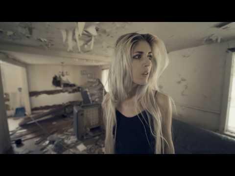 Смотреть клип Julia Westlin - Borderline