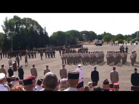 Lieutenants  et sergents des Troupes de marine