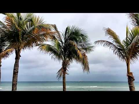 Vacation Video, Rainy Day In Cancun Mexico