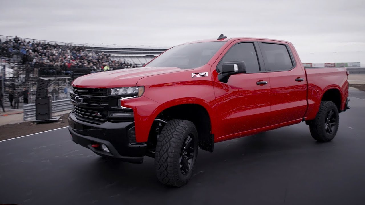 2019 Chevrolet Silverado sneak peek in Texas - YouTube
