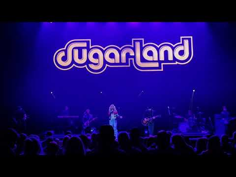 Sugarland - Still the Same #C2C2018 #GLASGOW