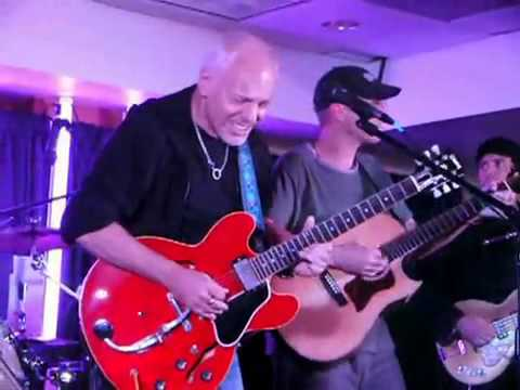 what band did peter frampton play in