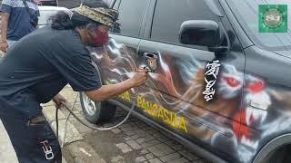 Download Skill/Kecepatan!! Melukis airbrush Corat-Coret di Mobil HONDA CRV.