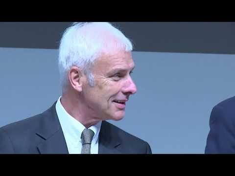 Verdacht auf Marktmanipulation: Ermittlungen gegen VW-Boss Matthias Müller