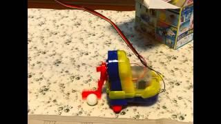 娘(小5)の理科実験教材。 電磁石とモーターについて学ぶらしい。 娘は...