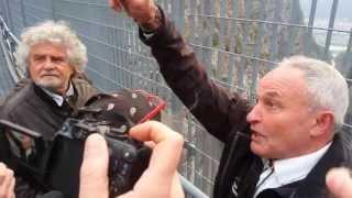 Beppe Grillo visita la diga del Vajont. 16/04/2013 1/3