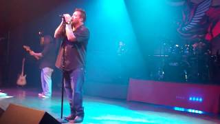 Uncle Kracker -When I Close My Eyes - DETROIT !