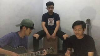 Download Tolong-Budi Doremi (acoustic cover by the tremors)