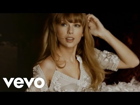 Taylor-Swift-Last-Christmas-Music-Video