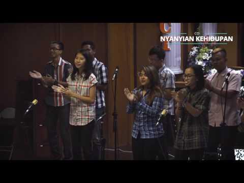 KU MAU BERJALAN Medley. TIAP LANGKAHKU (COUNTRY vers.)