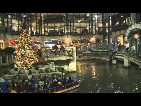 The Texas Bucket List - A River Walk Christmas