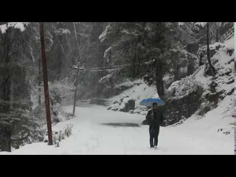 HEAVY SNOWFALL IN KASHMIR