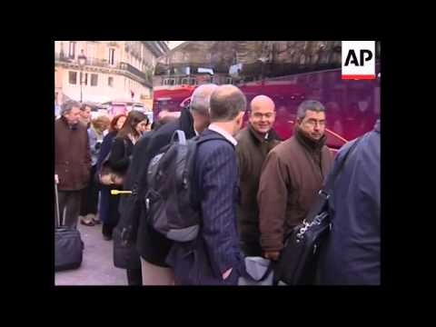 Transport and other workers strike against Sarkozy's pension reforms