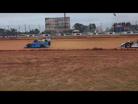 The Lucas Oil Late Model Dirt Series field at Golden Isles