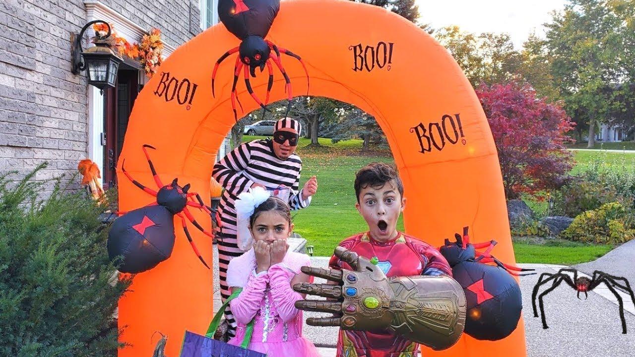 Download Heidi y Zidane en una misteriosa aventura de Halloween