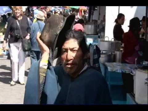 Ecuador - Otavalo animal and craft market - www.robinbenzle.com